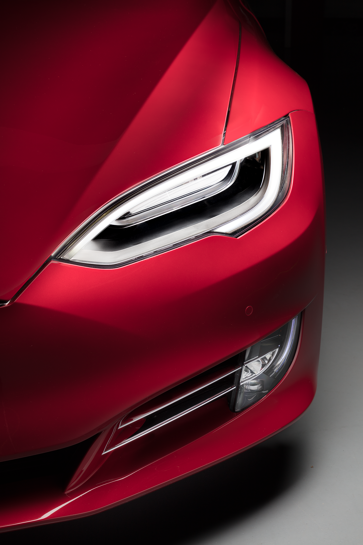 Model S Headlight Detail