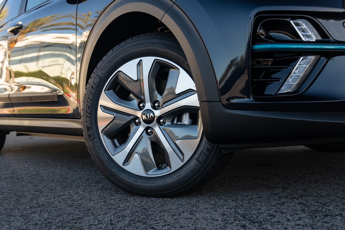 Kia Niro EV front wheels