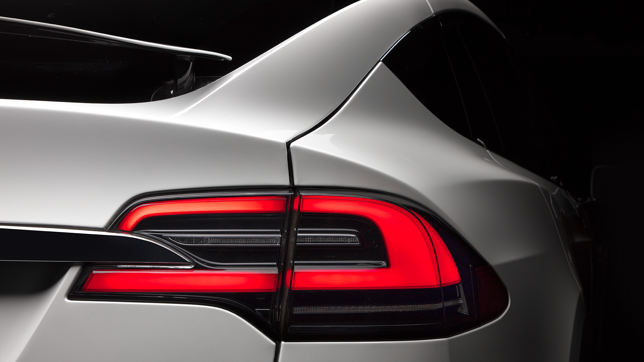 Model X Taillight detail