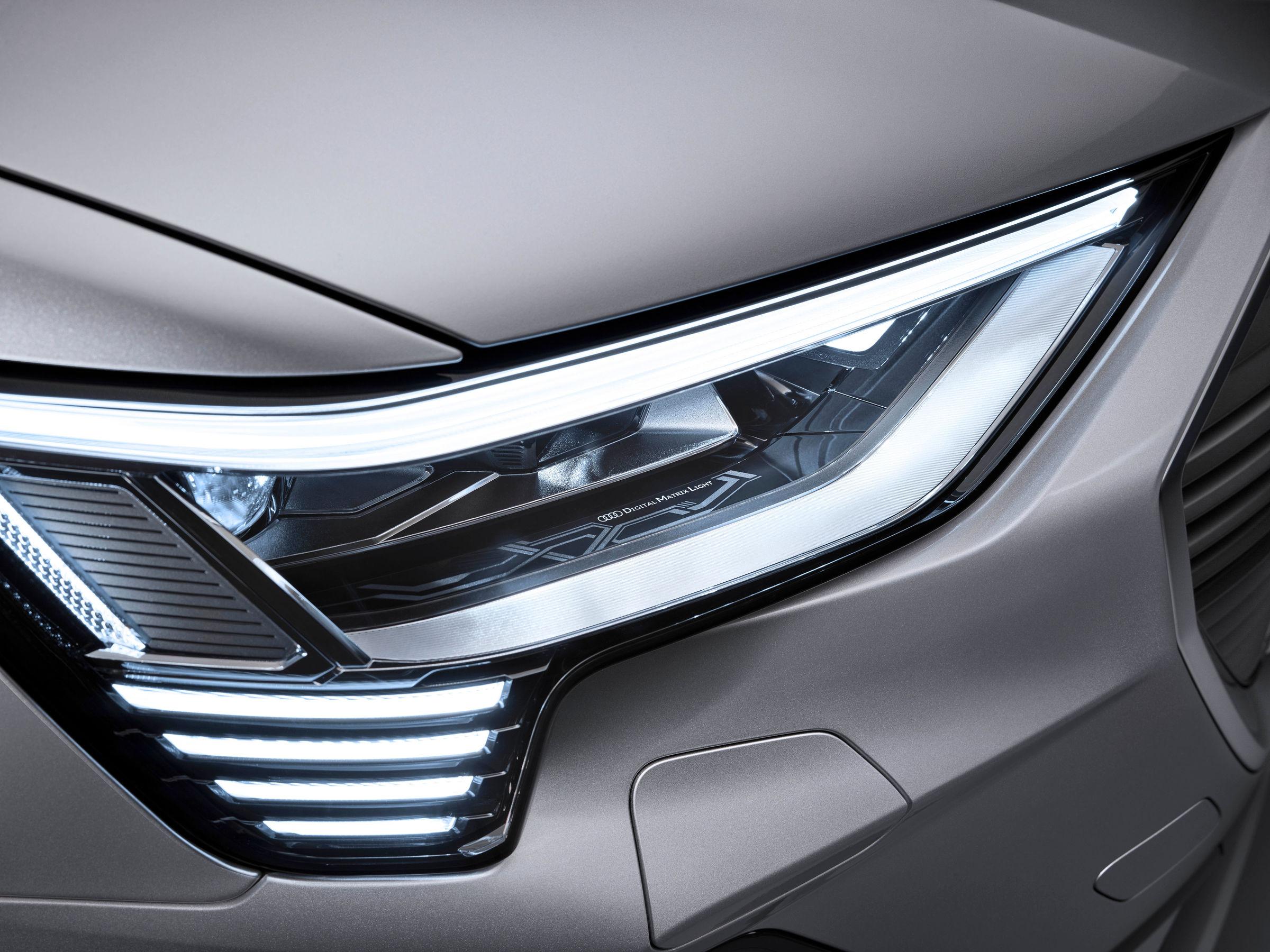 Audi e-tron Sportback headlights