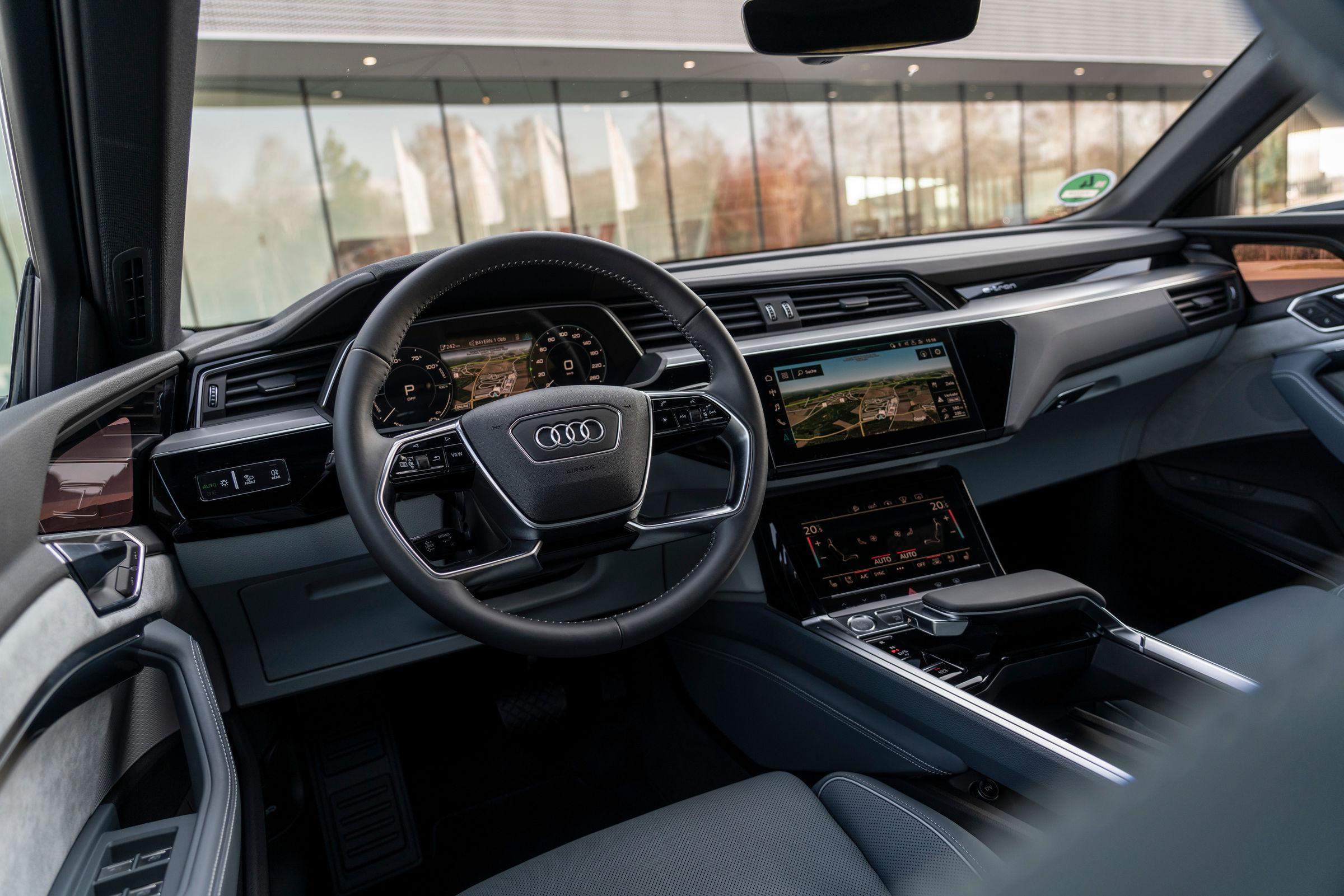 Audi e-tron Sportback dashboard