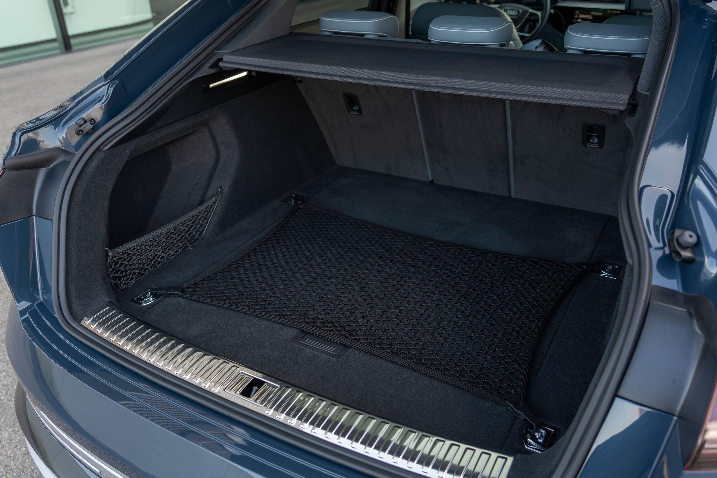Audi e-tron Sportback trunk