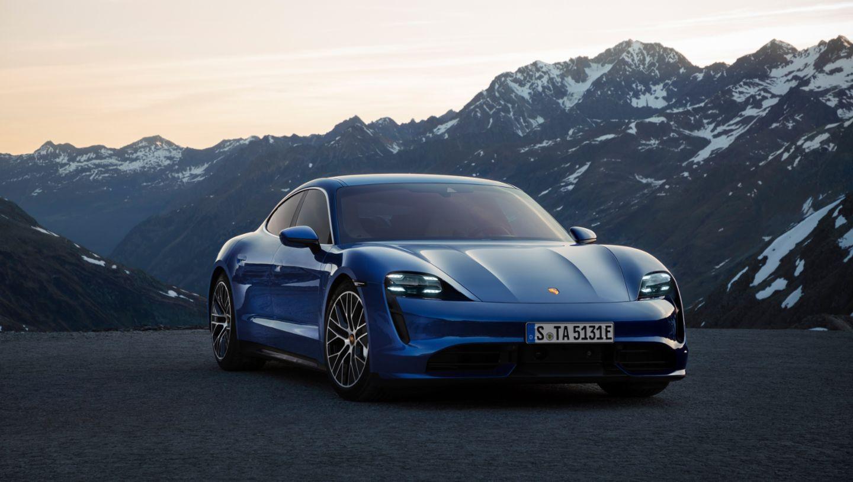 Porsche Taycan in blue