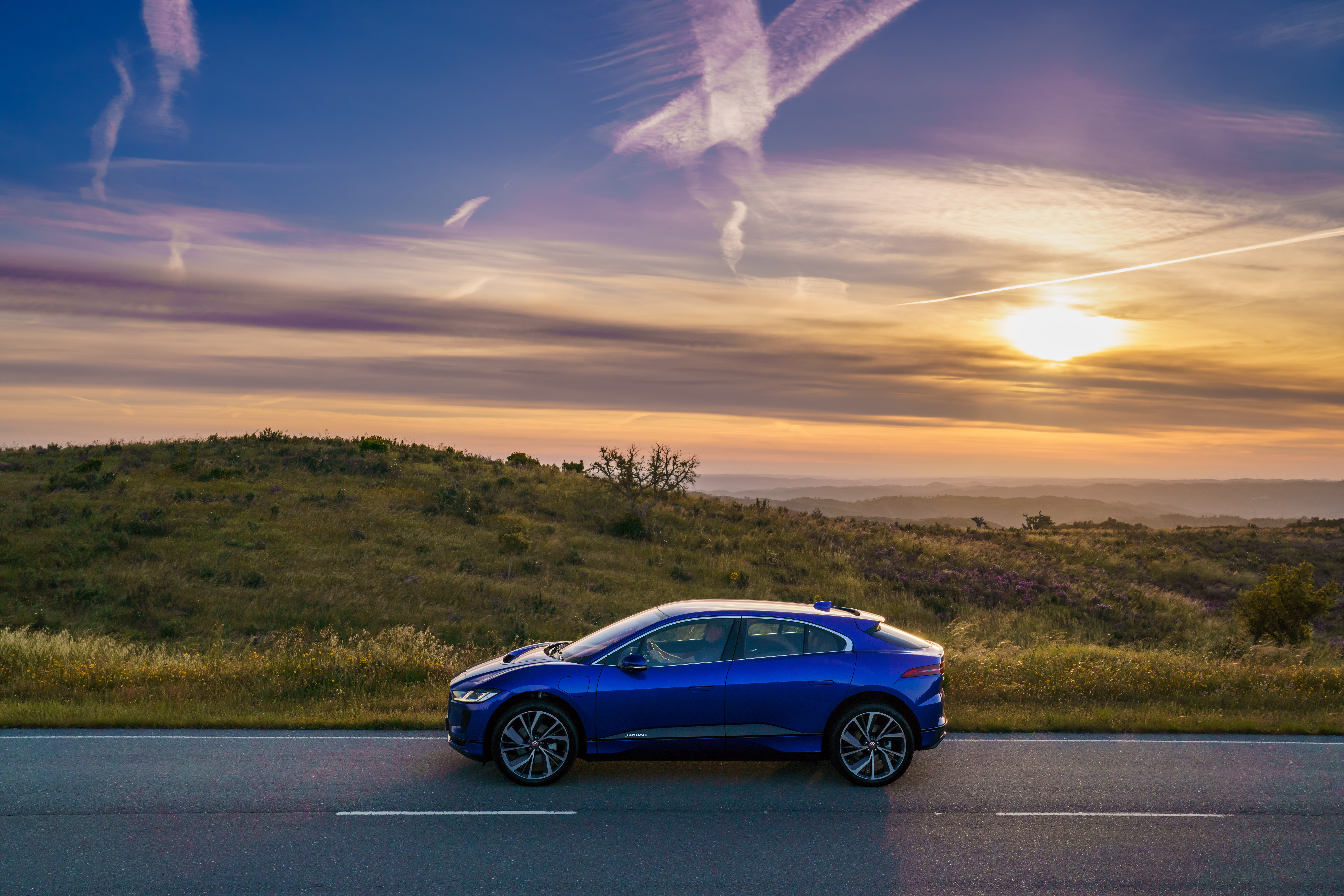 Jaguar I-PACE sunset